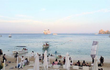 Beach Club, Medano