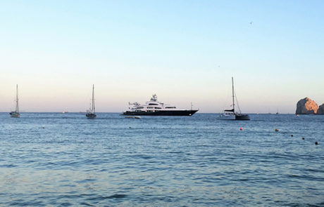 Dennis Washington Yacht, Cabo